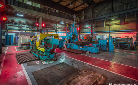 Large lathes and metalworking machinery