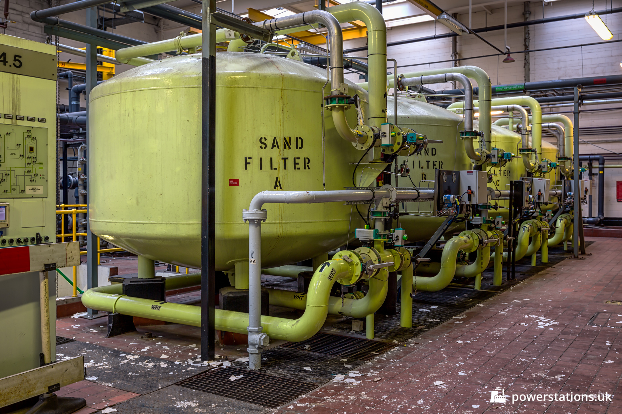 Ferrybridge C Power Station  U2013 Water Treatment Plant And Pump House  U2013 Power Stations Of The Uk