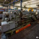 Large metalworking lathes